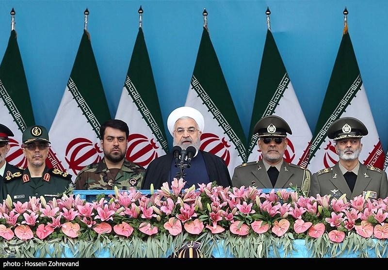 سخنرانی حجت الاسلام حسن روحانی رئیسجمهور در مراسم رژه روز ارتش در تهران