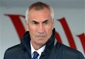 سرمربی آلبانی: اشتباه فرانسویها مسئله مهمی بود/ بازیکنانم گفتند تا سرودشان پخش نشود، بازی نمیکنند