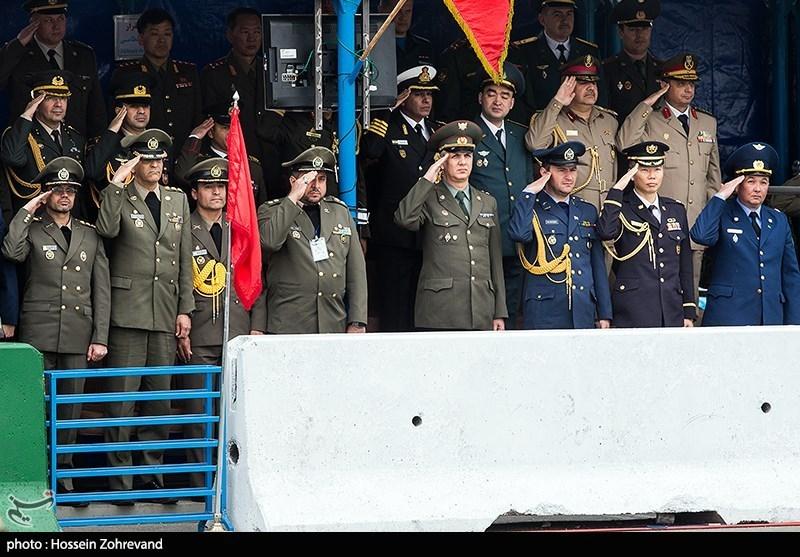 حضور وابستگان نظامی کشورهای خارجی در مراسم رژه روز ارتش در تهران