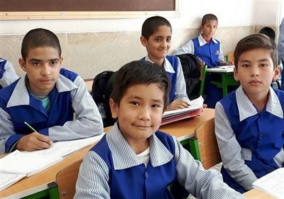دانشآموزان افغانستانی با کارت تحصیلی محدودیتی برای ثبتنام در مدارس ندارند