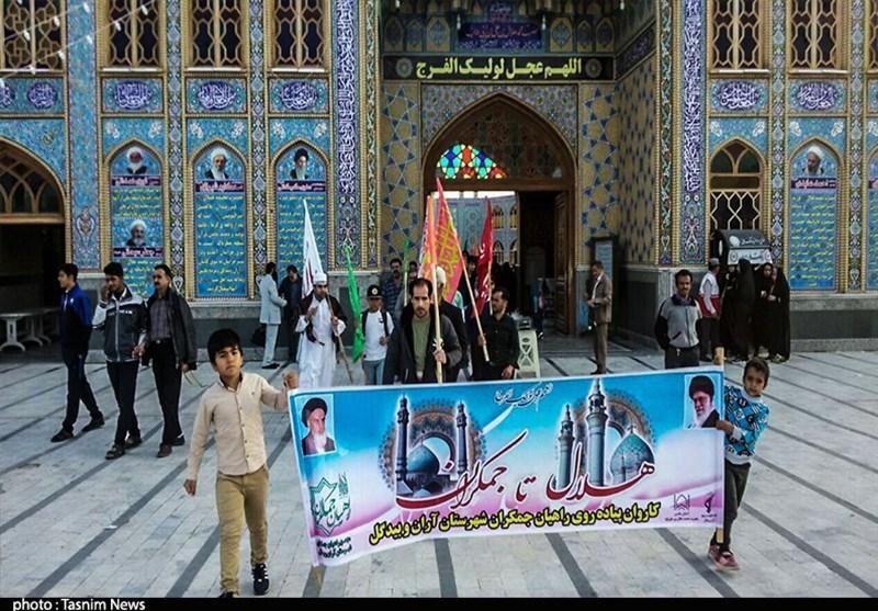 پیادهروی 500 نفره کاشانیها از امامزاده هلال بن علی(ع) تا جمکران آغاز شد