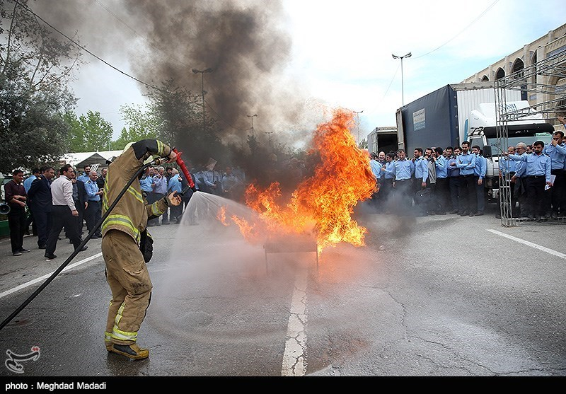 استقرار 140 آتشنشان در نمایشگاه بینالمللی کتاب
