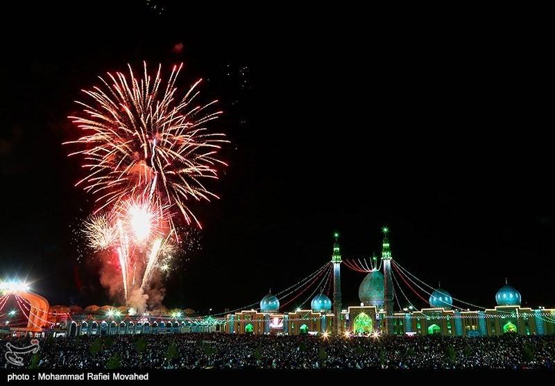 مسجد جمکران در شب نیمه شعبان