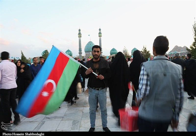 حضور زائران خارجی در مسجد مقدس جمکران به روایت تصویر