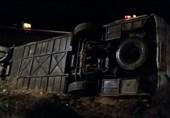 آخرین جزئیات سانحه تصادف اتوبوس با تریلی در سمنان / حادثه کلا 27 مصدوم داشت / مسافری در این سانحه فوت نکرد + تصاویر