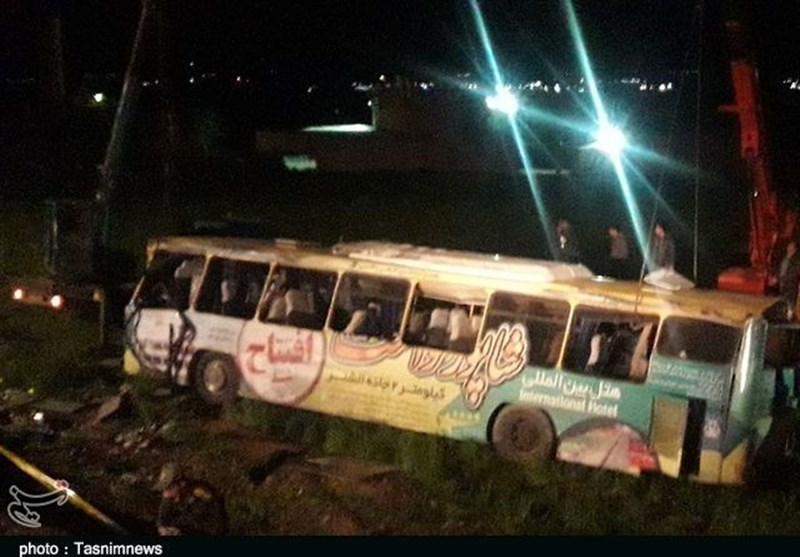تعداد کشتهها و مصدومان واژگونی اتوبوس در لرستان به 43 نفر رسید+ اسامی