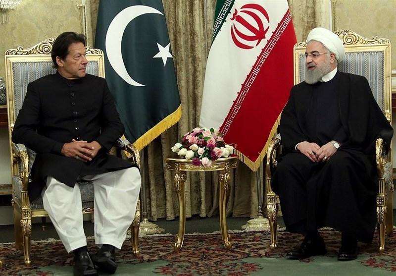 وزیراعظم عمران خان کی ایرانی صدر حسن روحانی سے ملاقات، دوطرفہ امور پر تبادلہ خیال