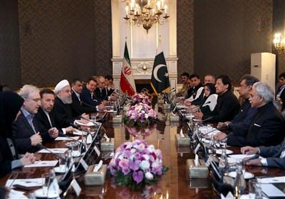 روحانی: در مسیر تقویت روابط با پاکستان به دیگران اجازه دخالت نمیدهیم