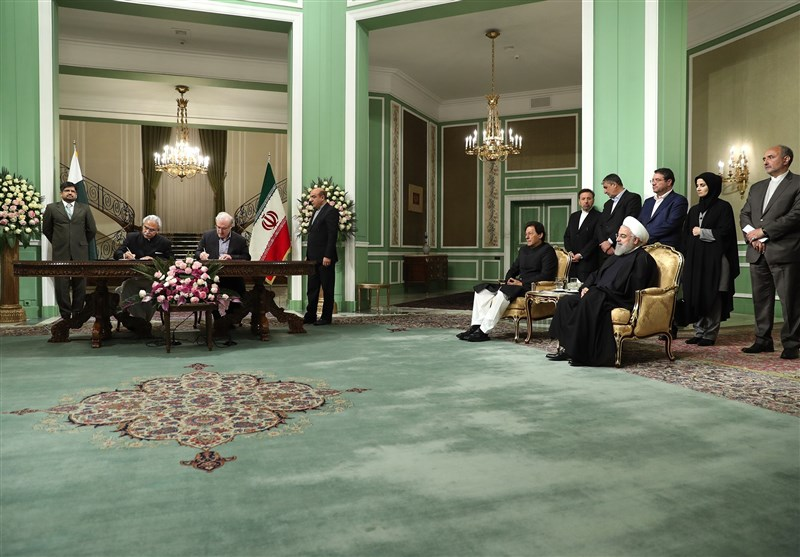 Iran, Pakistan Ink MoU to Boost Health Cooperation