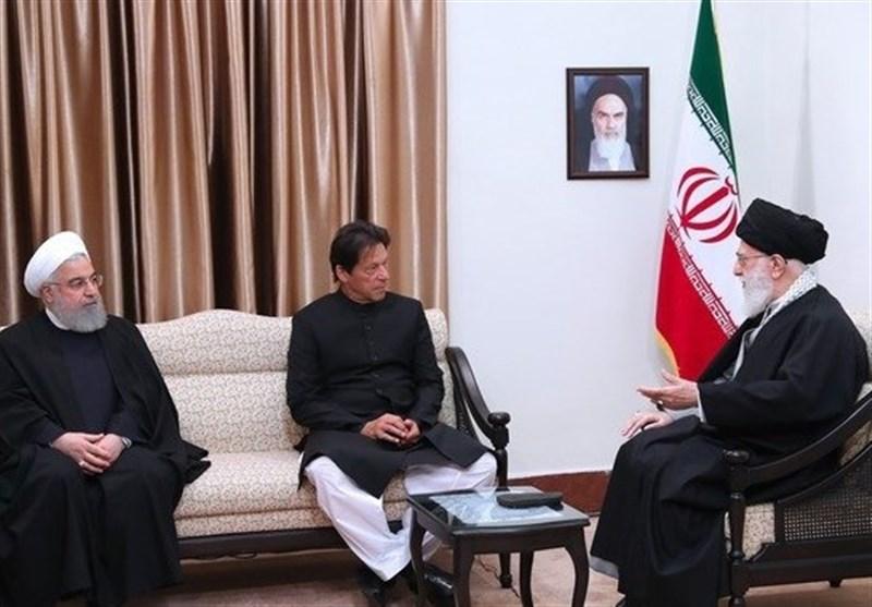 نخست وزیر پاکستان با امام خامنهای دیدار کرد
