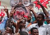 سیاستمدار سودانی: عربستان و امارات با حمایت از کودتا برای حذف اسلامگرایان تلاش میکنند