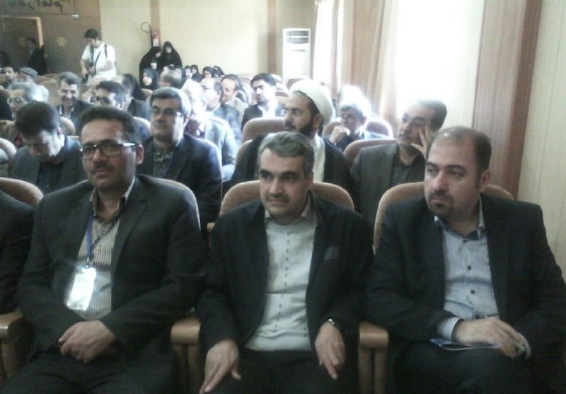 أصفهان..بدء أعمال المؤتمر العالمی الأول لرؤساء أقسام اللغة العربیة وآدابها+صور