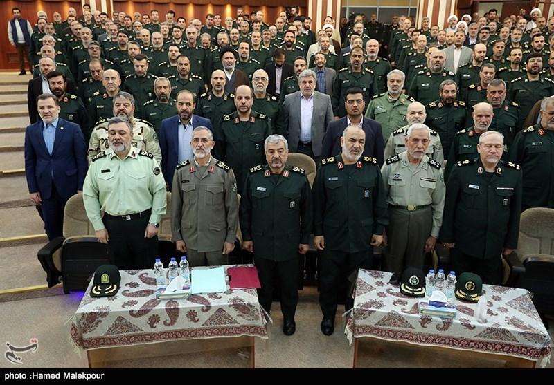 عکس| 4 فرمانده کل سپاه در یک قاب