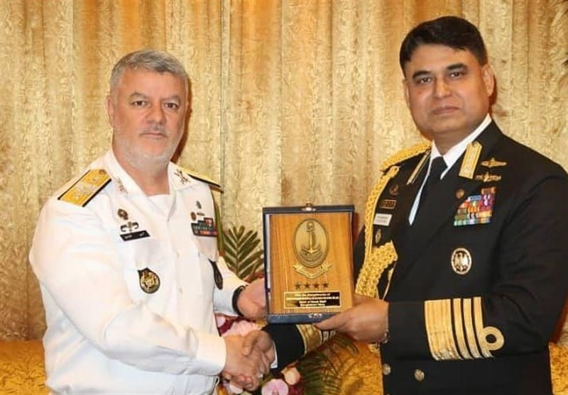 دیدار فرمانده نیروی دریایی با فرماندهان نیروهای دریایی پاکستان و بنگلادش