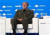 وزیر دفاع: برای مقابله با تروریسم اقتصادی از تمامی ابزارها استفاده میکنیم