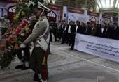 تجدید میثاق کارگران و وزیر کار با آرمانهای امام راحل در آستانه هفته کارگر