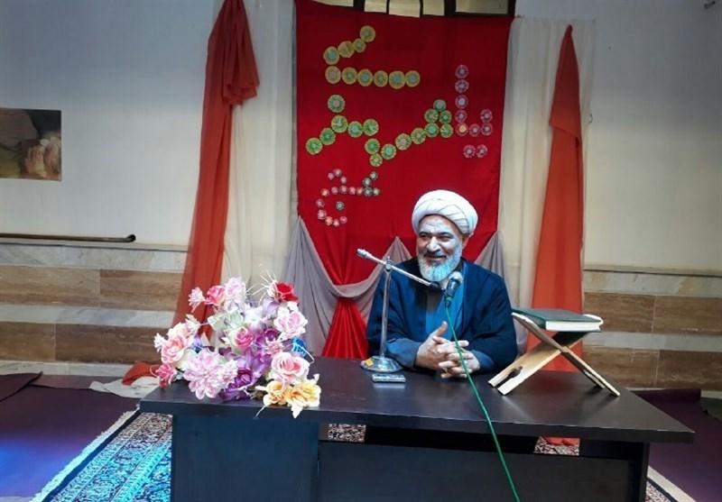 مدیر حوزه علمیه خواهران: تلاش دشمنان برای جداکردن روحانیت از مردم شکست خورد