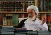 امام جمعه یزد: رفتار امام (ره) در پاریس و پس از ورود به ایران هیچ تفاوتی نداشت