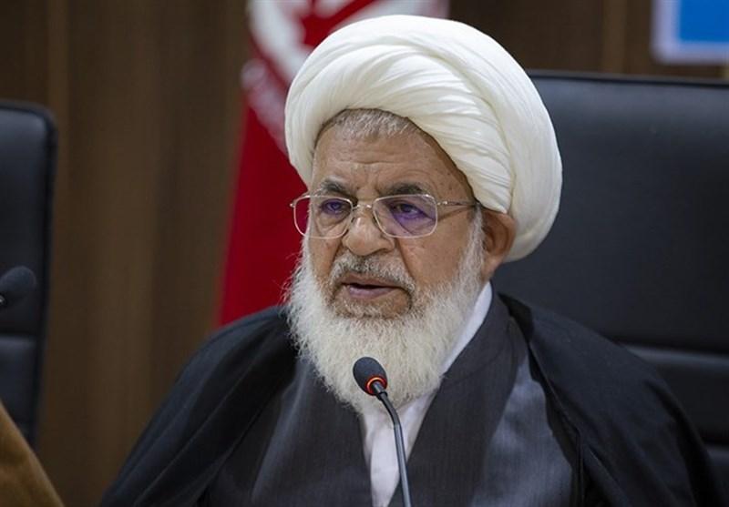 یزد| دشمن دنبال حذف کردن قرآن کریم از زندگی مردم است