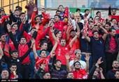 اصفهان| سربازها در لیست ذوبآهن غیبت خوردند؛ اعتراض مکرر تراکتوریها به داور