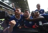فوتبال جهان| پیروزی پرگل شالکه بحرانزده در خانه دورتموند 9 نفره/ راه بایرن مونیخ برای کسب قهرمانی هموار شد