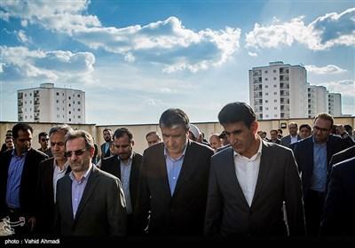 محمد اسلامی وزیر راه و شهرسازی و انوشیروان محسنی بندپی استاندار تهران