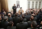 امام خامنهای: با قاچاق و عوامل ناامنکننده فضای مجازی برخورد جدی کنید