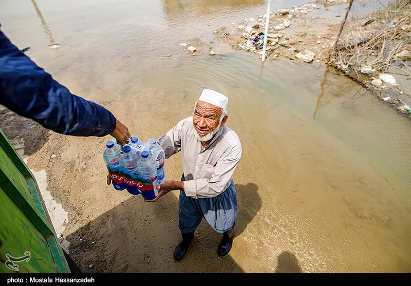 Relief Efforts Underway in Iran's Flood-Stricken City