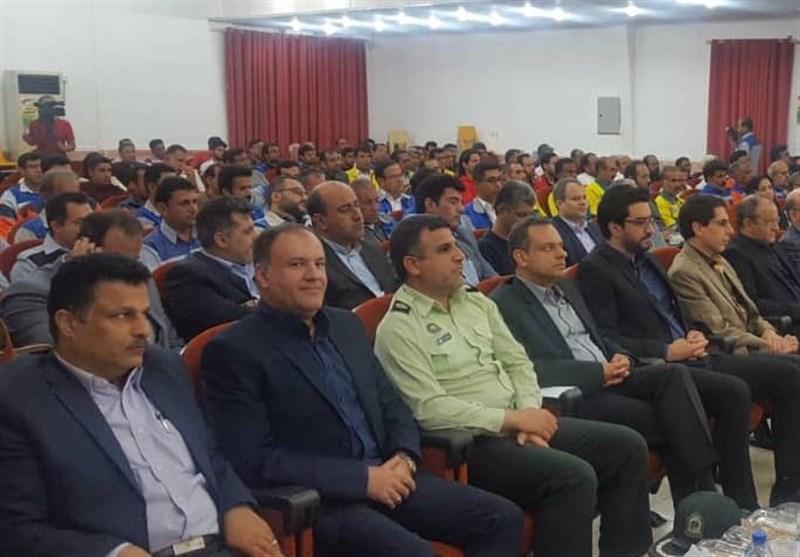 بوشهر|کارگران زمینه ساز توسعه و پیشرفت جامعه هستند