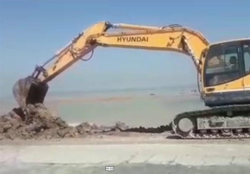 تلاش گروه تفحص شهدا در هدایت سیلاب خوزستان بسوی دریا+ فیلم