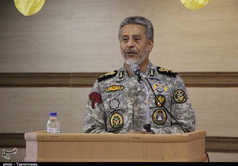 Iran Army Offers Help in Combatting COVID-19