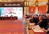 ظریف: همگی باید به یکجانبه گرایی هشداردهنده دولت کنونی آمریکا بپردازیم