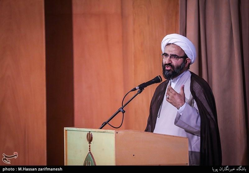 تجمع اساتید و نخبگان حوزههای علمیه تهران در دفاع از شیخ زکزاکی