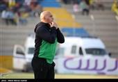 اصفهان| منصوریان: تصاویر پخش شده از بازی ما و الزورا مهندسی شده بود/ خیلی مدیون قطبی هستم