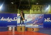 تقدیر از بانوی کشتیگیر سیلزده خوزستانی