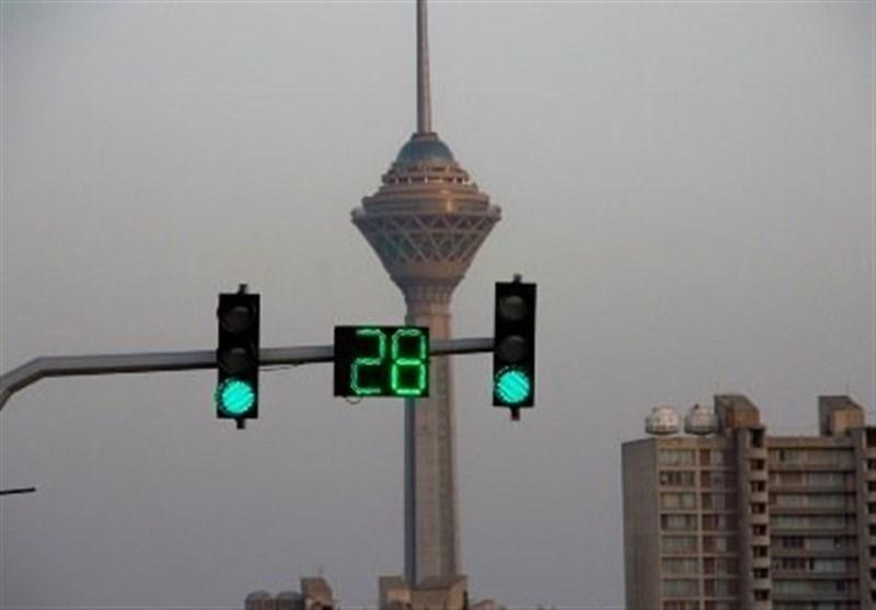 """شهرداری تهران: بههیچ عنوان شمارشگر چراغهای راهنمایی ناگهانی """"صفر"""" نمیشود!"""