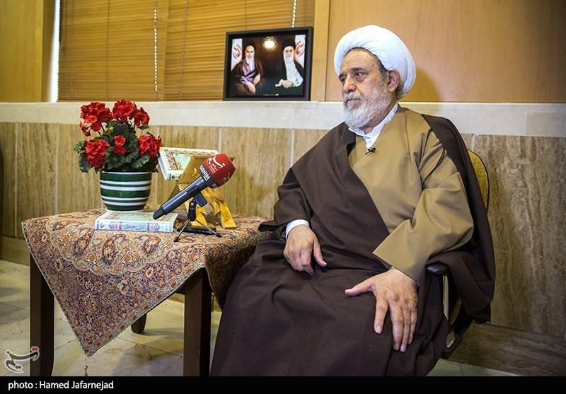 حجت الاسلام و المسلمین حسین انصاریان استاد اخلاق