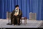 امام خامنهای:گزینه قطعی ملت ایران مقاومت است/ مذاکره سم است؛ جنگ هم نمیشود