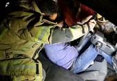 حبس راننده پراید پس از تصادف با تیر چراغ برق + تصاویر