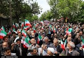 Iranian Friday Prayers March in Support of SNSC's Decision