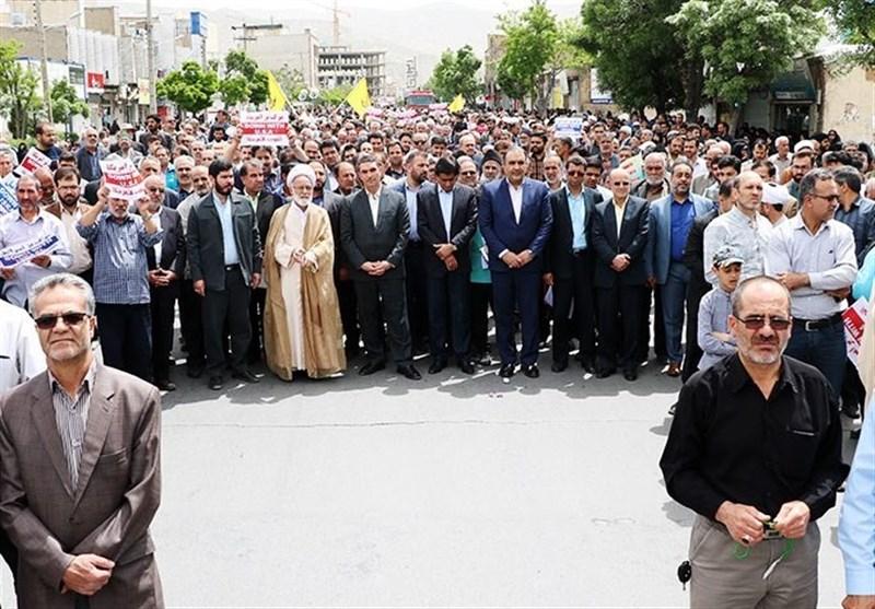 نمازگزاران در استان مرکزی در حمایت از بیانیه شورای عالی امنیت ملی راهپیمایی کردند+تصاویر