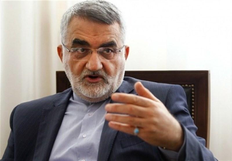 بروجردی در گفتوگو با تسنیم: ایران به دلیل تجارب دوران دفاع مقدس نمره بسیار خوبی در مبارزه با کرونا کسب کرد
