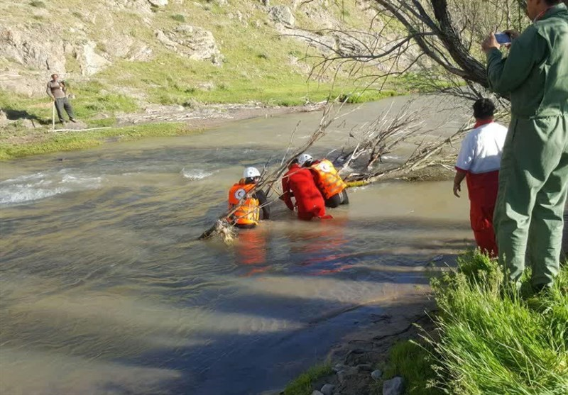 رئیس سابق هیئت کوهنوردی کوهدشت در رودخانه «سیمره» غرق شد
