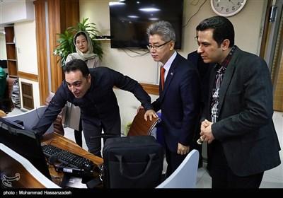 بازدید یو جانگ هیان سفیر کره جنوبی از تحریریه خبرگزاری تسنیم