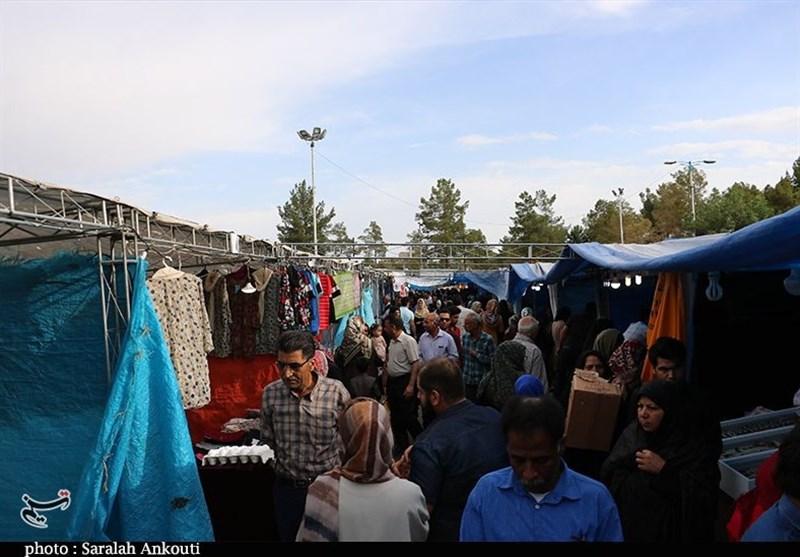 کرمان| نارضایتی مردم و غرفهداران از نمایشگاهی که رنگ و بوی ضیافت ندارد
