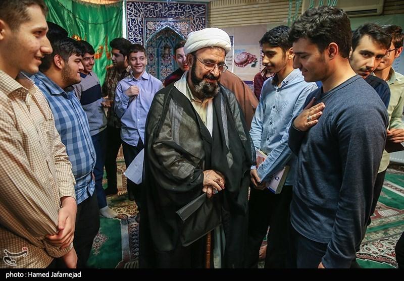 حجت الاسلام و المسلمین علی بهجت در جمع دانش آموزان مدرسه ثامن