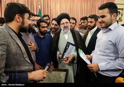 دیدار نمایندگان تشکلهای دانشجویی با حجتالاسلام سیدابراهیم رئیسی رئیس قوه قضائیه