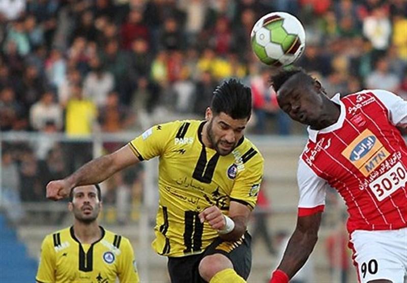 بوشهر|پیروزی پرسپولیس تهران در مقابل تیم پارس جنوبیجم در نیمه نخست
