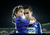 خداحافظی خسرو حیدری بازیکن تیم فوتبال استقلال از دنیای فوتبال