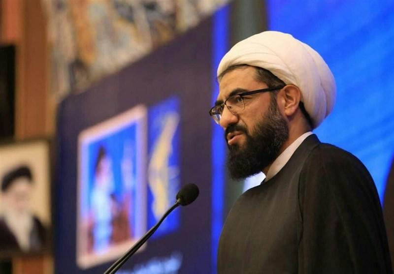 همدان| باطن عید قربان ذبح خواستههای نفس انسان در برابر خواستههای الهی است